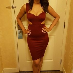 Sexy Cut-Out Boohoo Dress Burgundy. Size 4.